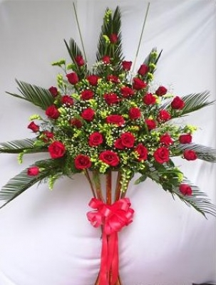 HV-NH-SP-469 - Red roses, yellow statices, greens (height 1.6m) (ID: HV-NH-SP-469)