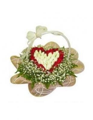 HV-NH-L-382 Giỏ hoa hồng hình trái tim(ID: HV-NH-L-382)